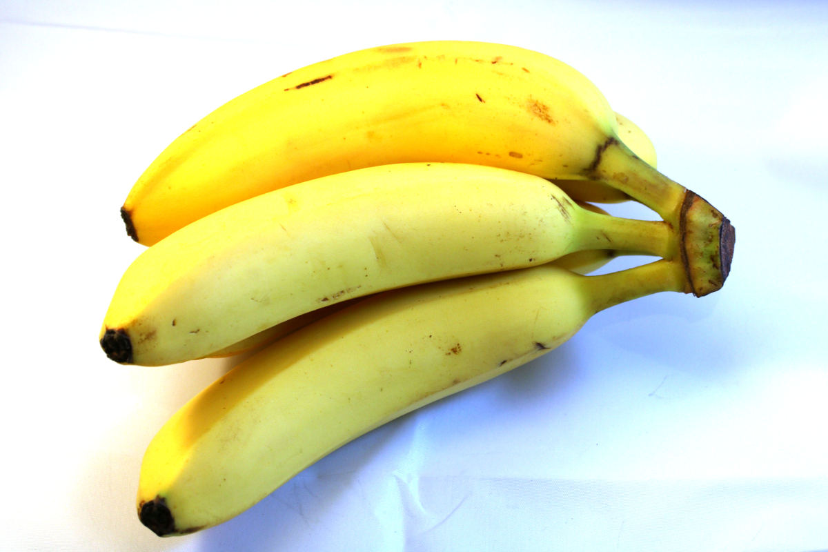 Bunch of bananas.jpg
